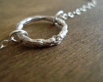 ON SALE Silver Ring Necklace Twig Ring with Cubic Zirconia Sterling Silver Necklace Collier Anneau avec Brillant