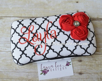 Rolled Red Flowers on Black and White Quatrefoil, Travel Wipe Case, Personalized Wipe Case, Baby Wipe Case, Lattice Wipe Case, Baby Gift