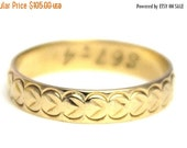 Summer Sale Vintage 9k Gold Engraved Wedding Band Ring Solid Patterned 9ct 375 9kt Carat - Size N.5 / 7