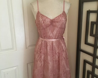 1990s 1980s new old stock vintage Ann Taylor pink and gold lace sweetheart neckline cocktail bridal party dress size S