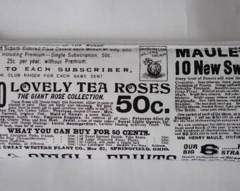 Petite trousse à maquillage ou pour crayons en tissu coton imprimé articles de journaux