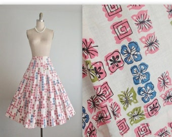 STOREWIDE SALE 50's Skirt // Vintage 1950's Atomic Abstract Print Cotton Full Gored Skirt M