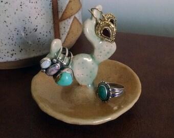 Cactus Ring Holder, Ceramic Opuntia Prickly Pear Cactus Ring Dish