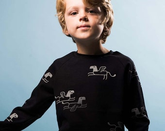 Reflective Griffin in Black - Organic Sweater