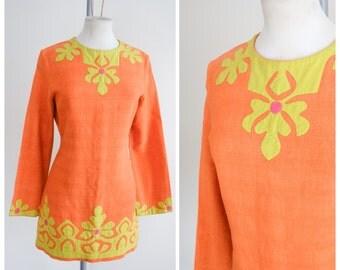 1960s Orange cotton appliqué shift dress / 60s psychedelic mini dress - M