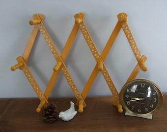 SALE! Vintage Wooden Accordion Hook Yellow with Ivy Detail
