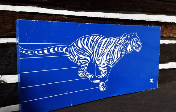 Vintage Exxon Gas Station Tiger Sign Petroliana Service