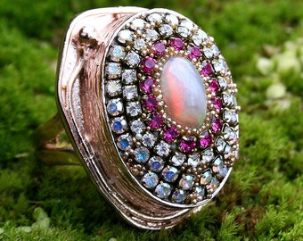 Firey Ethiopian Welo Opal with Vintage Rhinstones Crystals in Rose Gold Oval Ring - Sari
