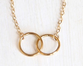 Interlocking Everlasting Ring Necklace // 14K Gold Filled // -  delicate everyday symbolic ring necklace