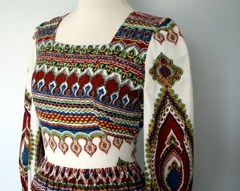 Vintage Dress / Bohemian Maxi Dress / 60s 70s Graphic Print Dress / Small