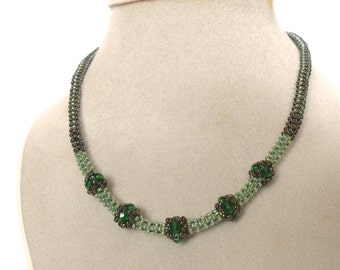 Green necklace | woven green bead jewelry | emerald green beaded necklace | glass beaded necklace