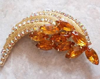 Gold Topaz Brooch Amber Mesh Prong Set AB Rhinestones Vintage E0090