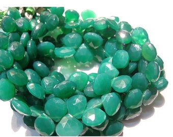 55% ON SALE Green Onyx/ Heart Briolettes/ Faceted Gemstones/ Briolette Beads - 20 Pieces - 10mm To 11mm Each