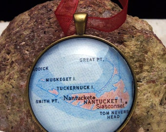 Nantucket Map Christmas Ornament, Keep a memory Alive / HONEYMOON Gift / Wedding Map Gift / Travel Tree Ornament / Corporate gift