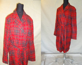 Red Plaid Wool Vintage 1950's Men's Pendleton Christmas Robe M