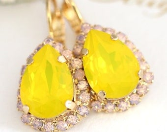 Yellow Earrings, Buttercup Earrings,Swarovski Yellow Opal Earrings,Bridesmaids Daffodil Earrings,Bridal Yellow Opal Earrings,Gift for her