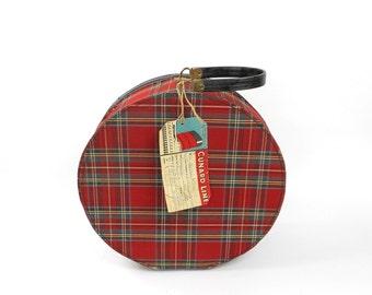Vintage Round Hat Box Case Munro Zip O Liner Red Plaid Luggage with 1960s Cunard Tag Decals Queen Elizabeth Home Decor Storage