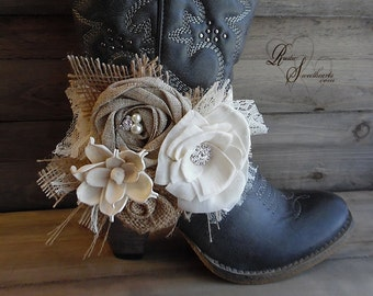 Ready to Ship ~~~ Rustic Bridal Boot Band with elastic band, Adult Size, Cowboy Boot Flowers, Boot Band, Boot Corsage, Bootlet.