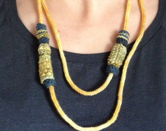 Knit necklace with beads