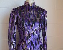 Vintage Blouse 1970s Disco Flame Top Purple and Black Burned Out Velvet Gold Metallic Shimmer Mandarin Collar Fitted Long Sleeves Size Small