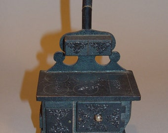 Vintage Dollhouse furniture Cast Iron  Wood Stove Cooking Stove