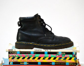 Amazing 90s Black Dr. Martens Boots Size Women 6 // Vintage Doc Marten Black Boots UK Size 4 Made in England