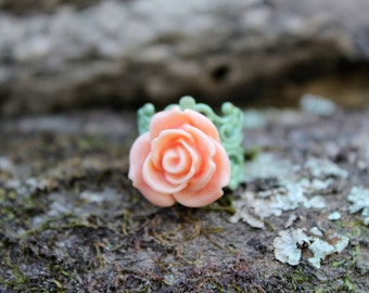 Mediano Coral Rose Ring