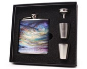 Personalized flask for men and women // Abstract mountain personalized flask gift set