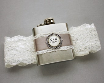 FLASK GARTER, Ivory & Gray Wedding Bridal Garter with Flask, Personalized Flask with Lace Bridal Garter, Ivory Wedding Garter, Bridal Garter
