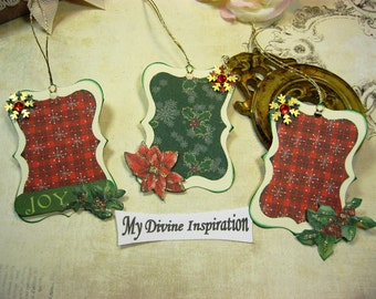 Christmas Tags Paper Ornaments Red Green Ivory Gold Scrapbook Embellishments for Scrapbooking Cards Mini Albums Tags and Paper Crafts