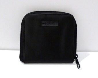 Esprit Wallet Vintage Black Espirit D Corps Logo Zip Close Wallet Textured billfold with Change Purse Pocket 1980s 1990s Plattermatter