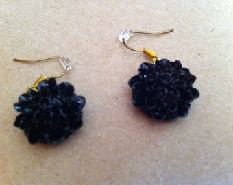 Dangle Black Flower Earrings (26)