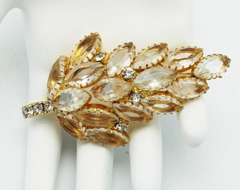 Lovely Leaf Brooch Clear Rhinestones in Goldtone