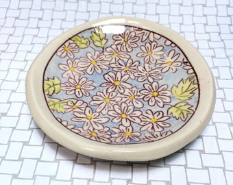 Floral Dishes: Daisy