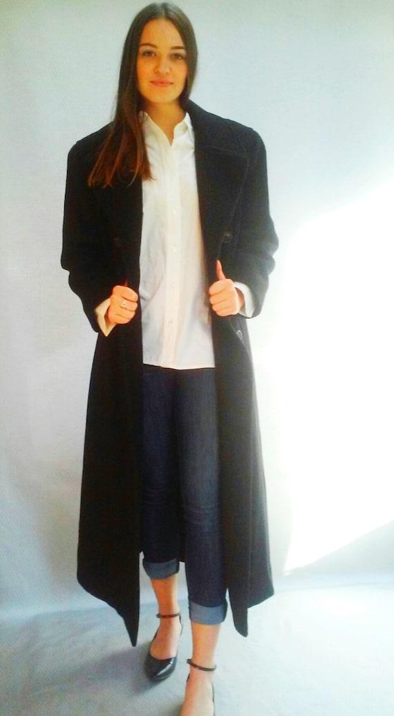 black oversized winter overcoat / long black coat / classic simple coat  / medium