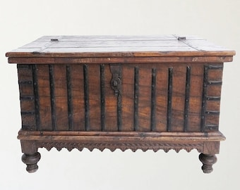 Teak Chest / India Style / Coffee Table / Shipping Included in the U.S.