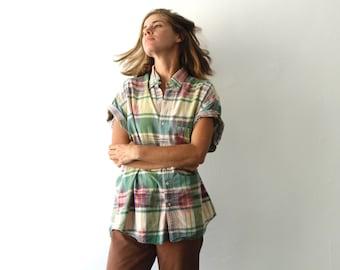 SOUTHWEST 90s bright SLOUCHY ikat style TRIBAL pattern short sleeve womens shirt