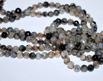 Half Strand 4mm Faceted Black and Clear Dragon Vein Agate Round Gemstone Beads - 44 beads