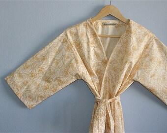Bridesmaid Robes. Bridesmaid Robes. Bridal Robe. Bridesmaid Gift. Kimono Robe. Champagne and Roses. Small thru Plus Size Kimono.