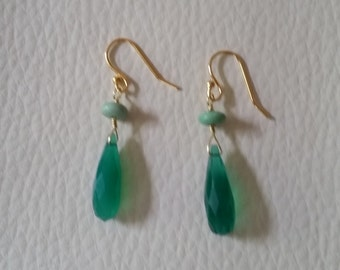 Green onyx and gold plate