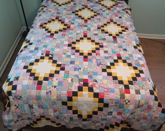 Vintage Antique Irish Chain Postage Stamp Quilt