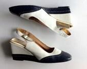 1960's Navy Blue & White Vintage SPECTATOR Wedge Slingback Heels // Sz 9