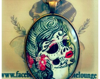 La Muerta Necklace