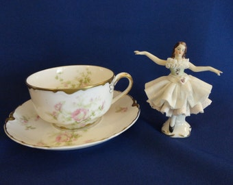 Tiny  Dresden Dancer PORCELAIN LACE Figurine Hand Painted Antique