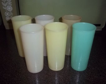 Uncle Si Tupperware Glasses Tumblers - Very Slightly Used -six (6)- 12 oz Pastel Opaque -Duck Dynasty Uncle Si Glasses
