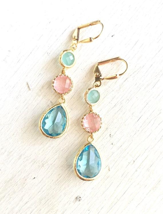 Grapefruit Pink, Aqua and Aquamarine Dangle Earrings in Gold.  Aqua and Coral Bridesmaid Dangle Earrings. Drop. Jewelry Gift. Wedding.