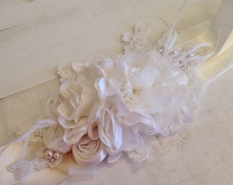 Antique White Bridal Sash - Bridal Sash - Floral Sash - Vintage Bridal Sash - Rustic Chic Sash - Floral Rosette Sash - Bridal Belt - Rustic