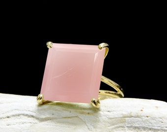 SALE - Gold ring,pink ring,gemstone ring,square stone ring,pink chalcedony ring,semiprecious ring,natural stone ring