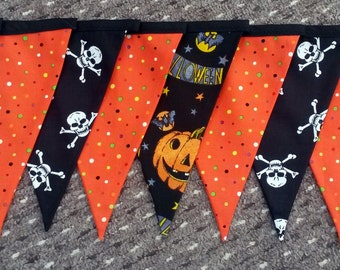 SALE - Halloween decor- Halloween bunting - spooky decor - spooky bunting - trick or treat bunting - pumpkin bunting - haunted house bunting