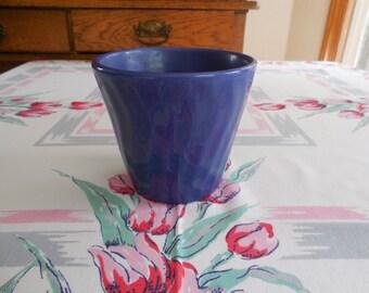 "Vintage Swirl Blue Flower Pot 4"" high"